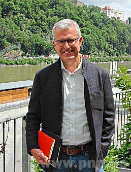 Dr. Fritz Audebert CEO ICUnet